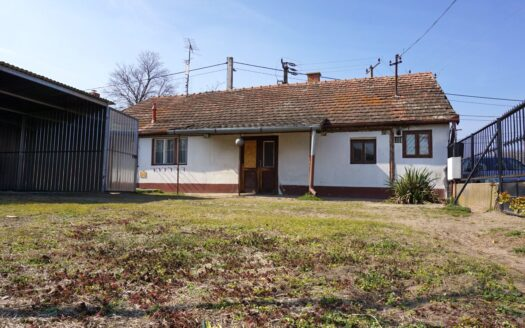 Kecskemét családi ház eladó 005